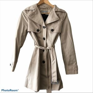 H&M trench coat w/ pleated back